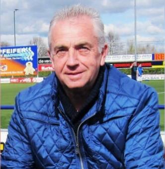 Oud eerste elftal speler Wim Nieuwenhuis overleden