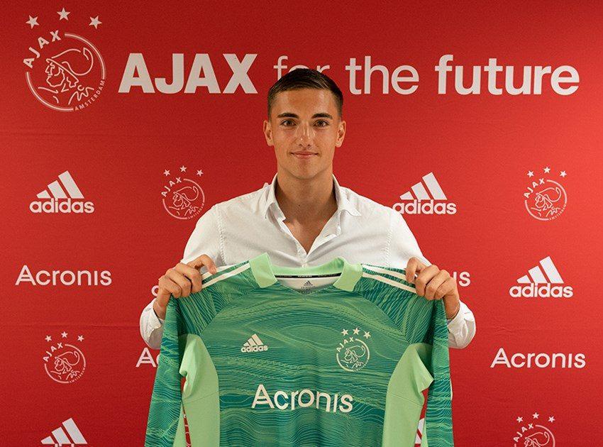 Oud-jeugdkeeper Sten Kremers tekent contract bij Ajax